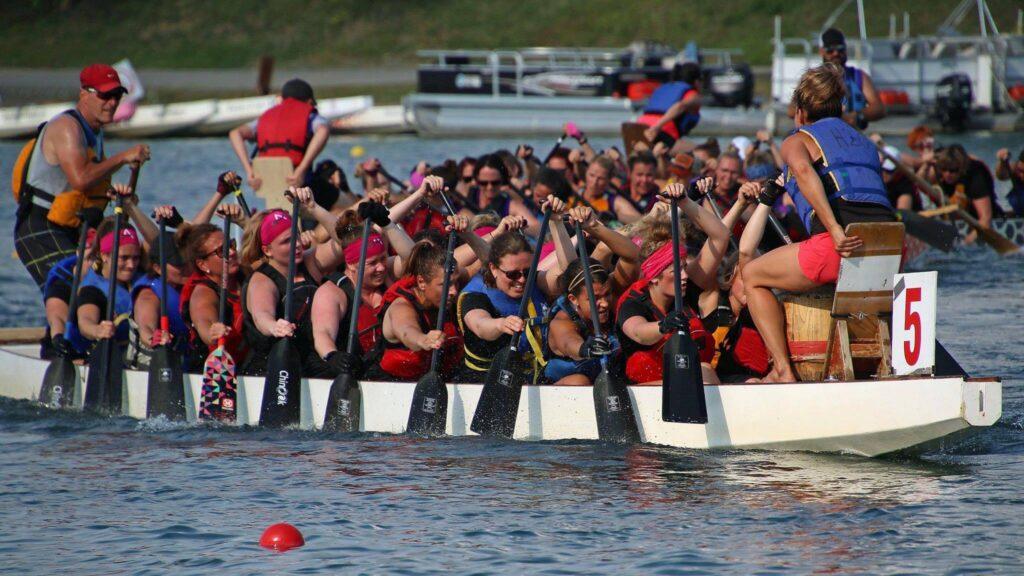 Image de l'équipe Les Amazones de Québec en action lors d'une compétition